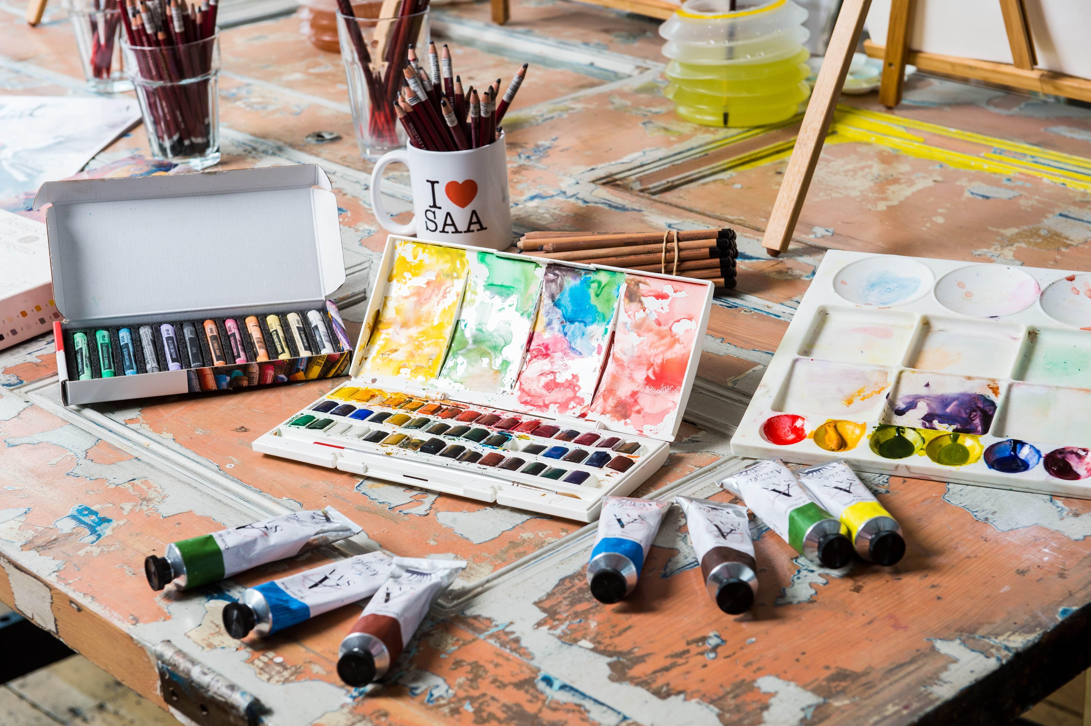 Members Gallery - Art Materials